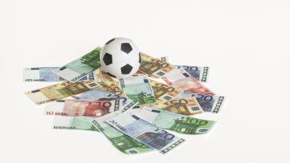 Twee zinnen zorgen voor onrust: nieuwe regering belooft RSZ-voordelen in het voetbal aan te pakken