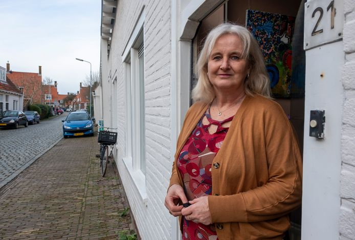 Eva Hordijk woont in één van de Briëthuizen in de Burgerweidestraat in Middelburg.