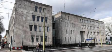 Mysterieuze asbestplaat gevonden: linkervleugel oude Amerikaanse ambassade afgesloten
