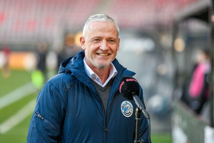 FC Den Bosch voor de microfoon van tv-zender ESPN.