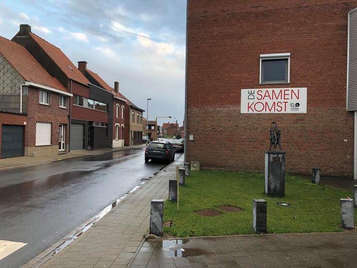 De Samenkomst op het einde van de Sint-Eloois-Winkelstraat gaat tegen de vlakte