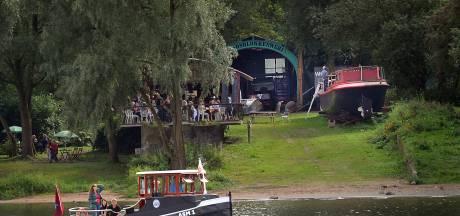 Pontje ASM1 in Arnhem schakelt over op milieuvriendelijker GTL-diesel
