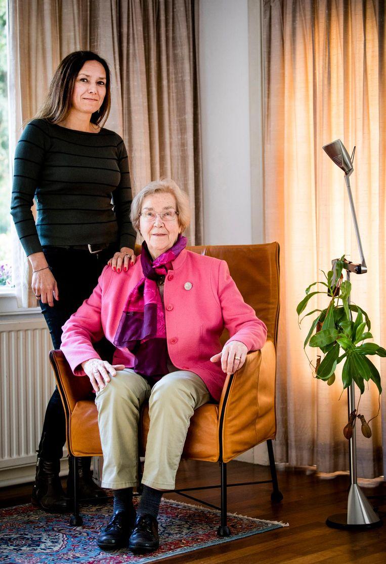 Liesbeth en Henny Bogtstra. Beeld Freek van den Bergh