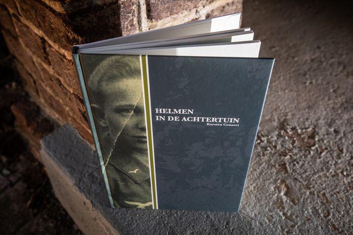 Het boek met Friedrich Risse op de cover. De jongen stierf op zijn achttiende in Boorsem.