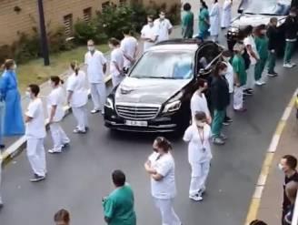 """""""Politiek keert ons ook voortdurend de rug toe"""": Wilmès ijskoud onthaald aan Brussels ziekenhuis"""