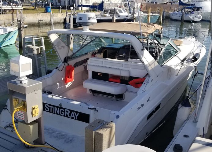 Stuart Bee voer vrijdagnamiddag uit met zijn motorboot Stingray.