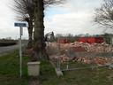 April 2019 ging het oude boerencafé De Ster tegen de vlakte, op de hoek van de Broekzijde en de Zelt.