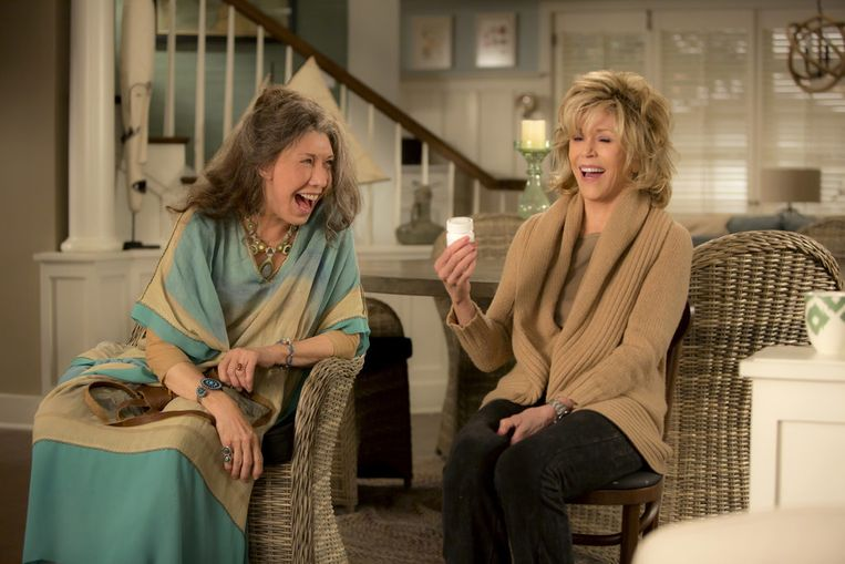 Met Lily Tomlin in de tv-serie 'Grace and Frankie'. Beeld rv