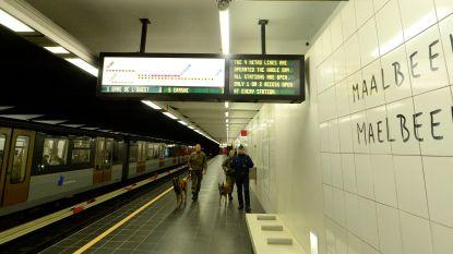 Metrostation Maalbeek vervangt reclame door namen dodelijke slachtoffers van aanslag op 22 maart
