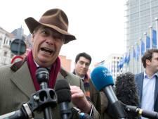 Le négociateur en chef de l'UE pour le Brexit rencontre Nigel Farage