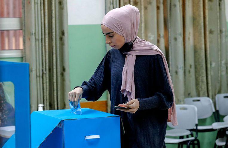 Stembusgang in Nazareth. De bevolking van Israël is diep verdeeld, blijkt ook deze verkiezingen. Beeld AFP
