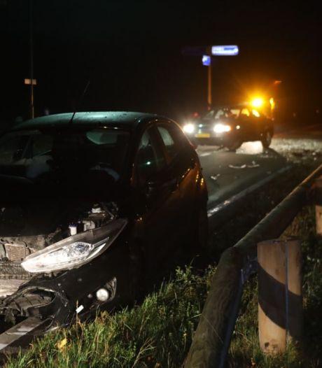 Auto's zwaar beschadigd na ongeluk op N618 in Sint-Oedenrode