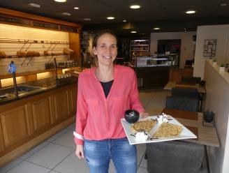 """Kelly (31) tovert Croissy om tot 'T stokbruudje: """"Naast broodjes serveer ik ook wafels en pannenkoeken"""""""