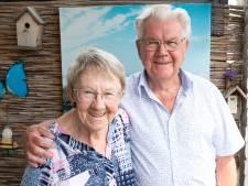 Rens (81) en Aafke (81) uit Wierden zijn 60 jaar getrouwd: 'Ze is al die jaren zo lief voor me geweest'