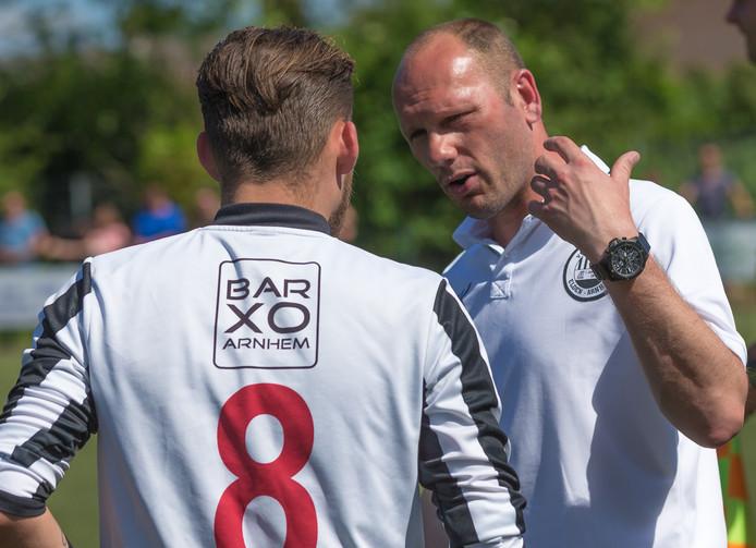 Eldenia-trainer Erwin Koen (rechts).