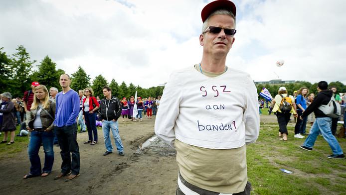 Demonstranten op het Malieveld in Den Haag protesteren afgelopen juni tegen de bezuinigingen op de geestelijke gezondheidszorg. © ANP