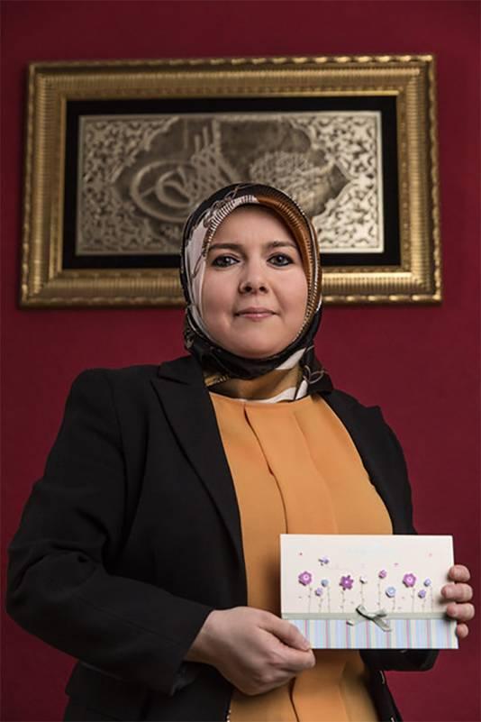 Saniye Calkin (voorzitter van vrouwenplatform ZijN, 39) ondervond juist steun in haar omgeving