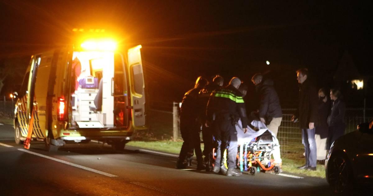 Voetganger zwaargewond bij ongeval Harskamp.