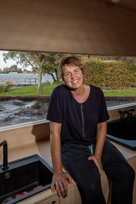 Kiek woont in een levend schilderij; wordt haar watervilla met panoramaraam woonboot van het jaar?