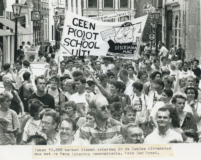 Demonstratie tijdens Roze Zaterdag in 1990