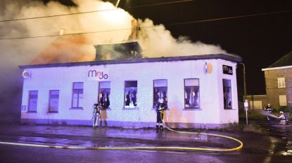 Loungebar Mojo vernield na brandstichting
