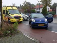 Automobilist gewond na aanrijding op Gronausestraat in Enschede