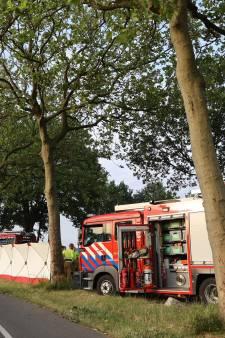 Man (36) om het leven gekomen bij auto-ongeluk in buitengebied Vinkel