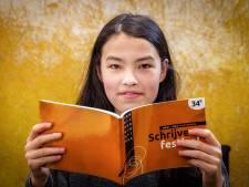 Saya (13) uit Tuk droomt van carrière als schrijfster en heeft eerste publicatie te pakken: 'Heel trots'