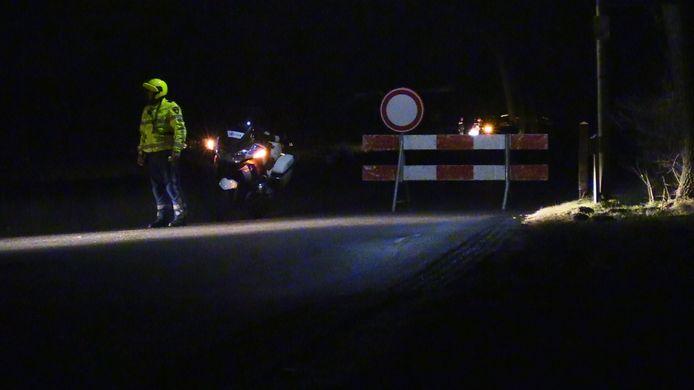 Er is een levenloos lichaam gevonden in Holtheme, gemeente Hardenberg. De politie houdt rekening met een misdrijf.