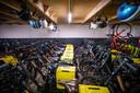 Boerenschuren vol met (vooral) elektrische voertuigen: tweeduizend in totaal.