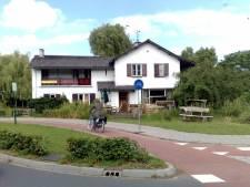 Witte villa met 'obsceniteiten' is weer netjes