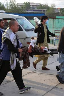 Explosies bij school in Kaboel: zeker 55 doden en 150 gewonden, vooral leerlingen