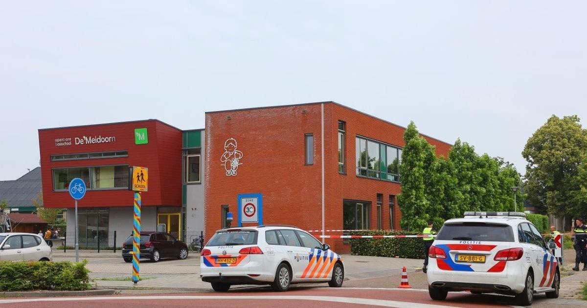 Kind zwaargewond door aanrijding bij basisschool in Kerkdriel.