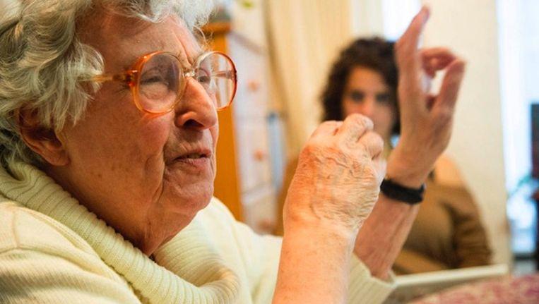 Mirjam bleef tot op hoge leeftijd voorlichting geven over de Tweede Wereldoorlog, omdat zij zich daartoe verplicht voelde als overlevende. Beeld Katrien Mulder