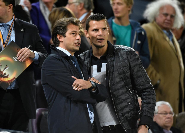Christophe Henrotay, hier links van Daniel Van Buyten. Beeld photo_news
