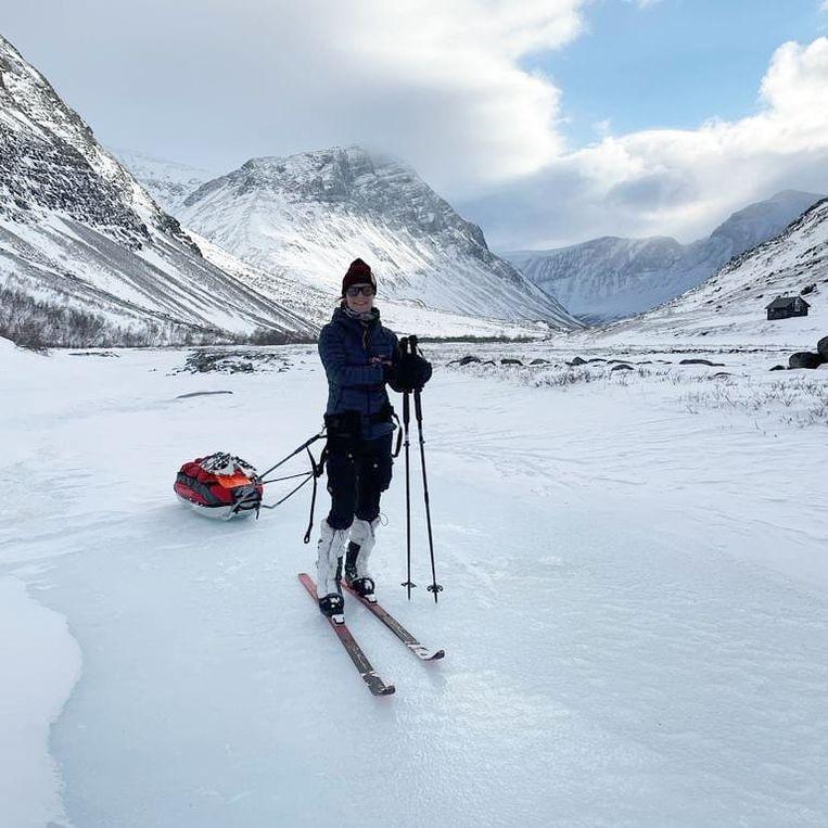 Met de slee door Lapland. 'Ik heb leren schaatsen op zee, leerde ijs beoordelen én ben erdoor gezakt.' Beeld Tamar Valkenier