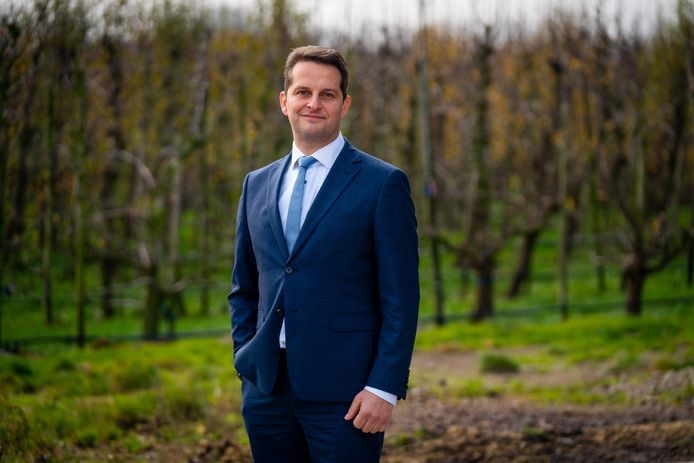 André Flach, wethouder in Hendrik-Ido-Ambacht, staat op plaats 4 van de SGP.