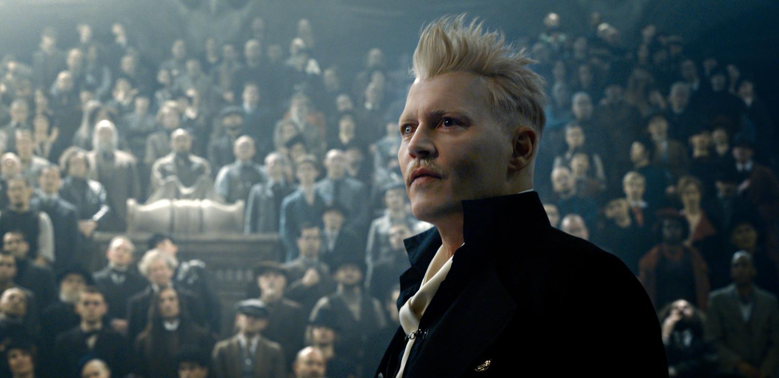 Johnny Depp als Grindelwald in Fantastic Beasts.