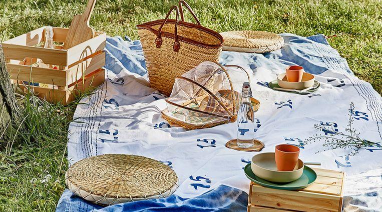 Anderhalve meter kleed voor een coronaproof picknick