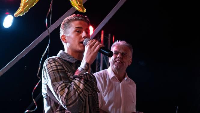 Bezoekje Mart Hoogkamer is kers op de taart voor feestgangers Groesbeekse kermis