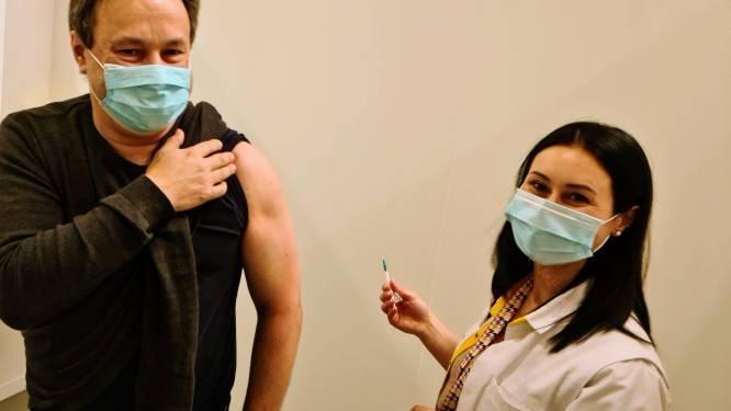 Eerste inenting in vaccinatiecentrum Maasmechelen