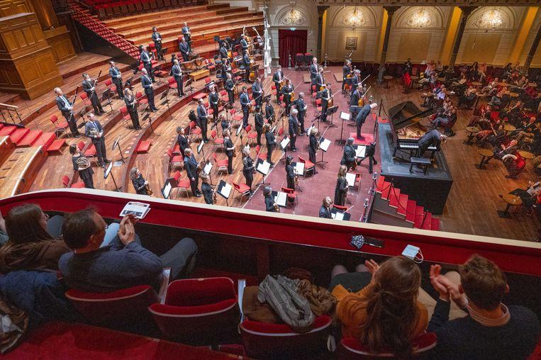 Het Concertgebouworkest speelt weer voor publiek van het Concertgebouw.  Beeld ANP