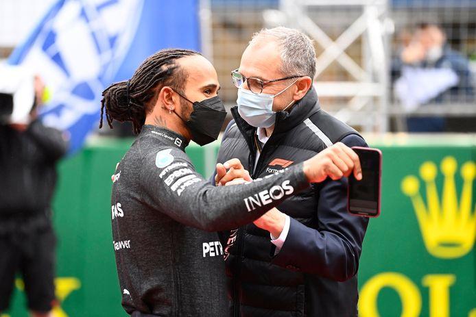 Lewis Hamilton et Stefano Domenicali, le CEO de la Formule 1