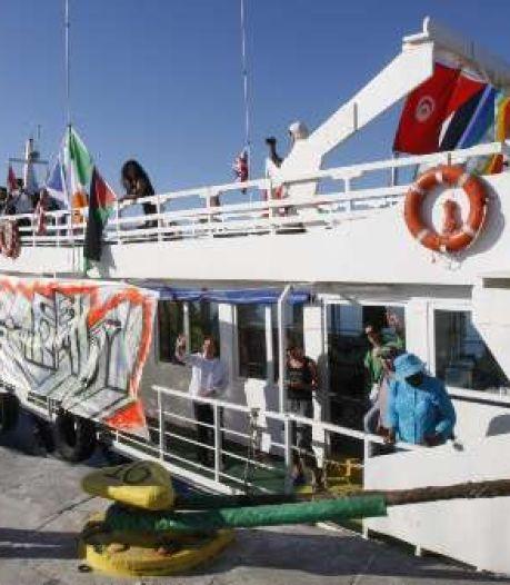 Un bateau d'aide à Gaza encerclé par la marine israélienne