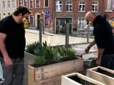 Horeca stoomt zich klaar voor opening terrassen, gooit verbod plexischermen roet in eten?