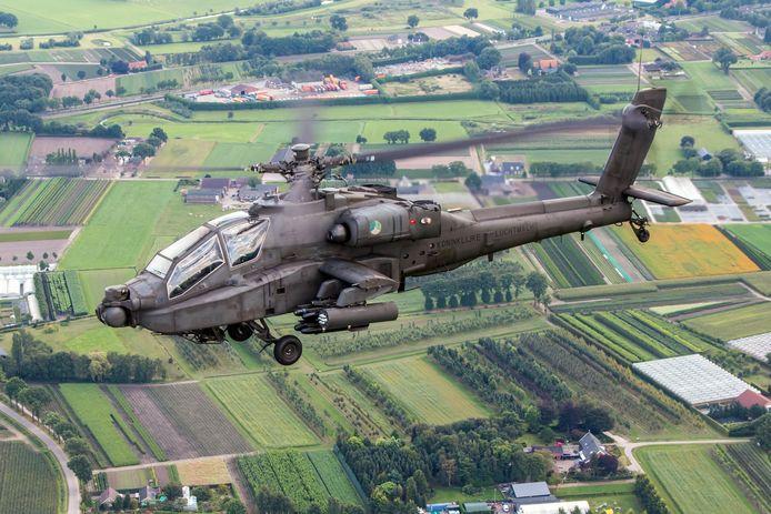 Apaches zoals deze zullen de komende dagen in de gemeenten Steenwijkerland en Westerveld vliegen.