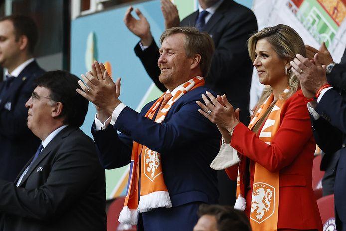 Het Nederlands koningspaar zag hoe Nederland won van Oekraïne.