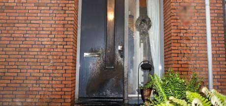 Brandstichters woningbrand Cuijk zijn uitgebreid te zien op camerabeelden