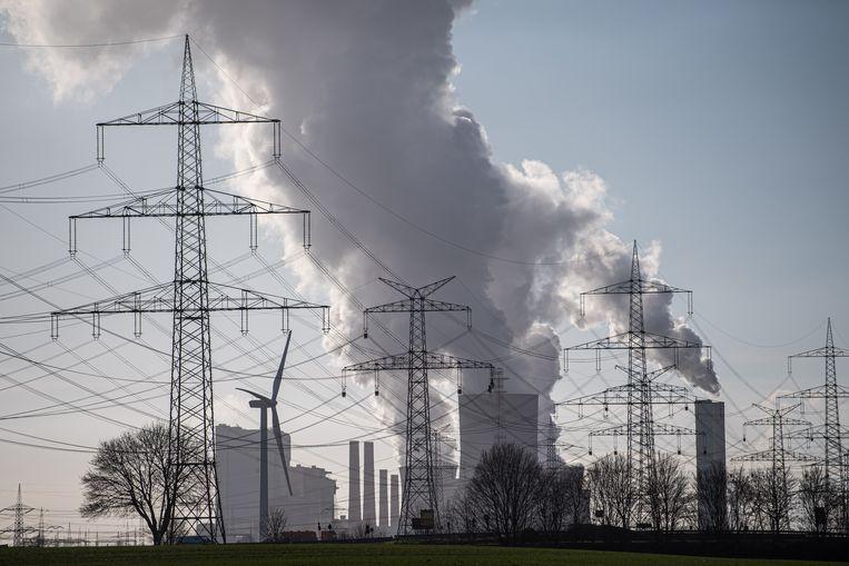Een kolengestookte energiecentrale in het Duitse Bergheim. Het internationale energieagentschap IEA voorspelt dat er dit jaar mogelijk tot 5 procent meer CO2-uitstoot zal zijn. Beeld Getty Images