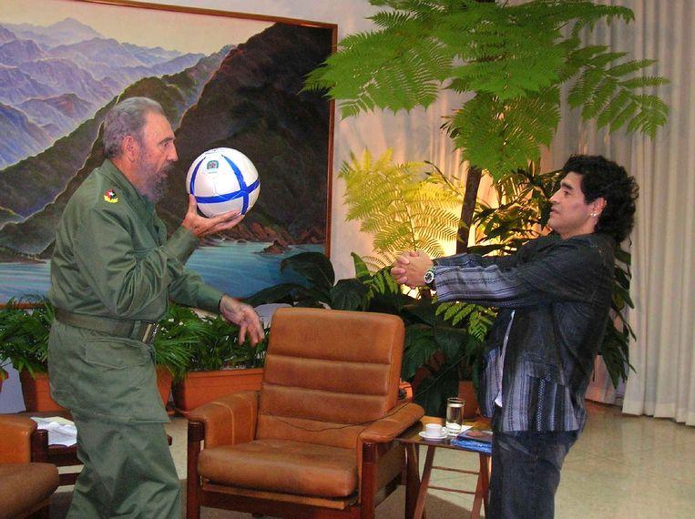 Castro en Maradona tijdens de opnames van 'La Noche del 10'. Beeld AFP
